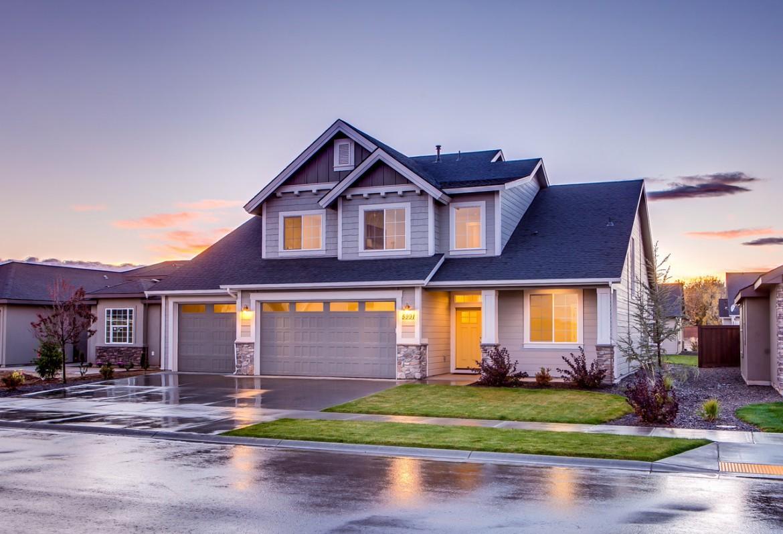 Czy warto posiadać w domu sejf?