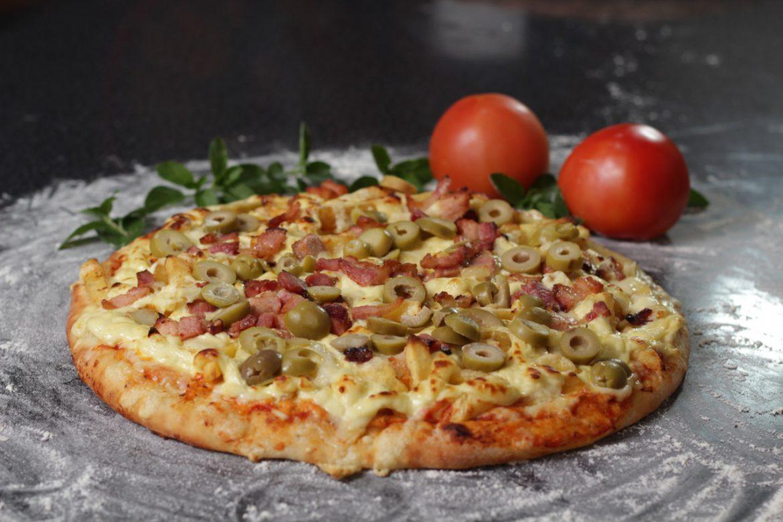 Pizza: danie chętnie zamawiane przez Polaków