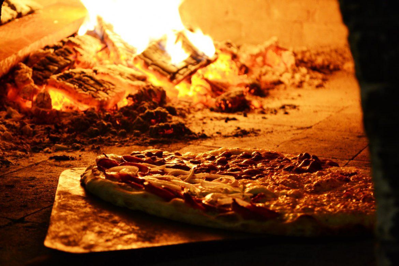 Pizza: danie proste i smaczne