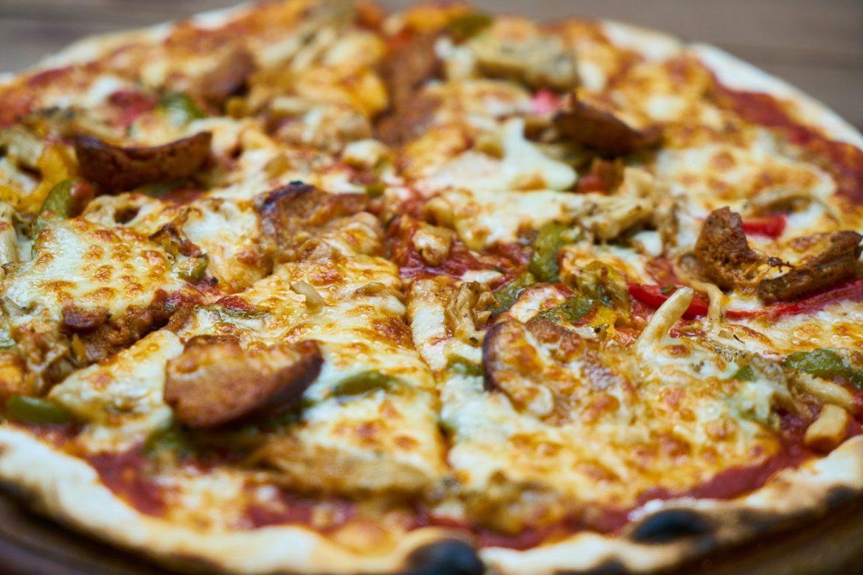 Dlaczego pizzę warto zamawiać przez Internet?