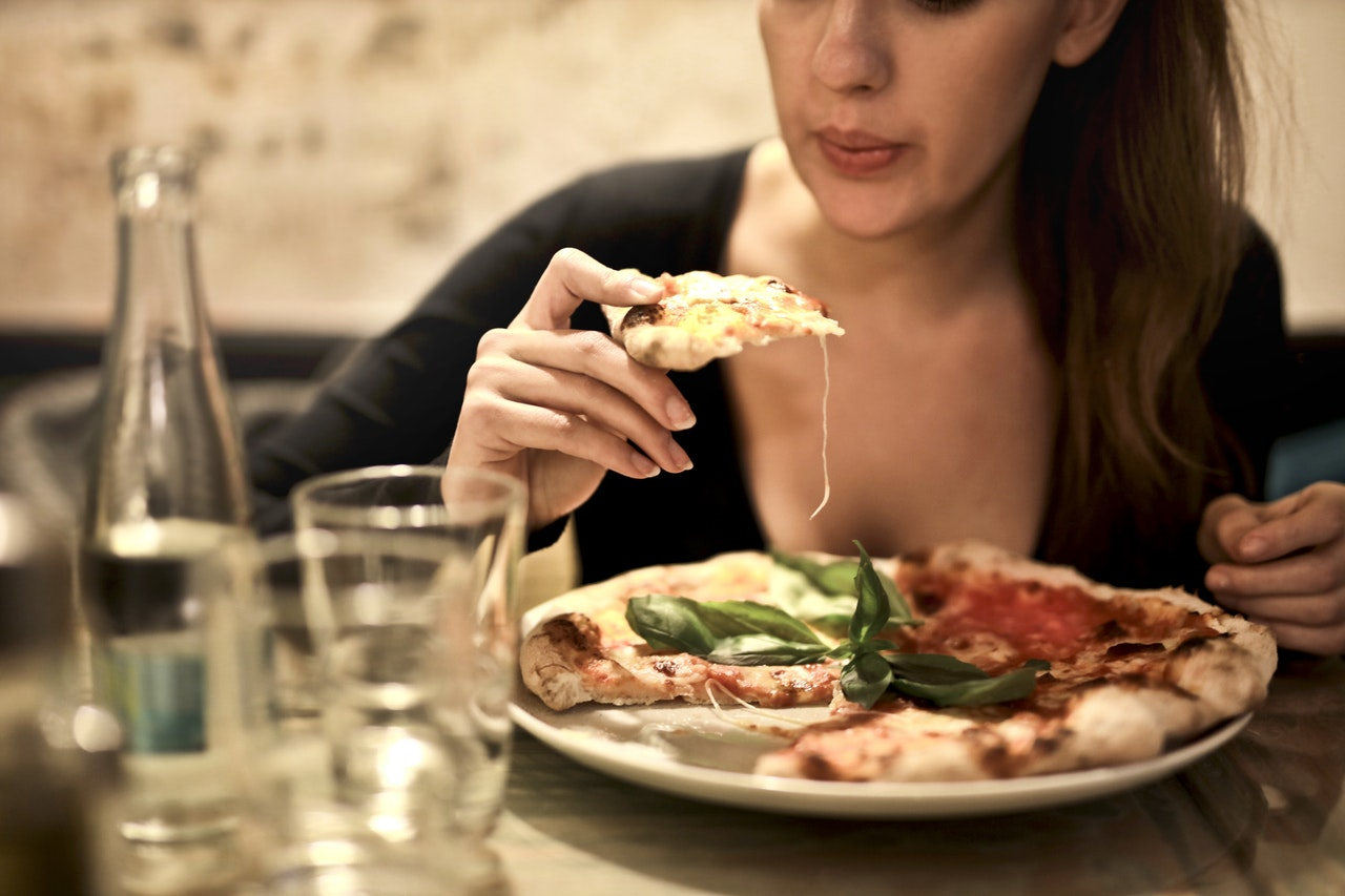 Dobra pizza: jak ją zrobić?
