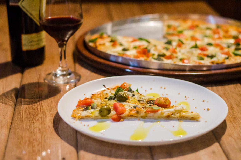 Pizza przez Internet: jakie składniki można wybrać?