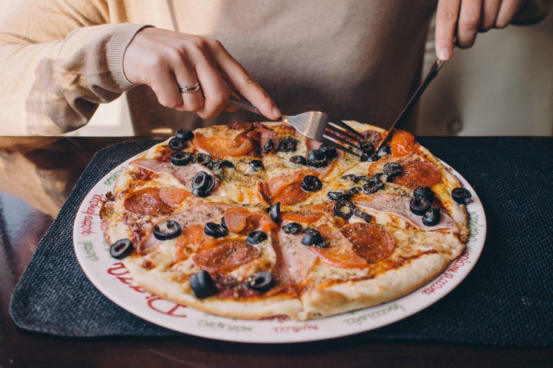 Najlepsza pizzeria – czym się kierować, dokonując zamówienia?