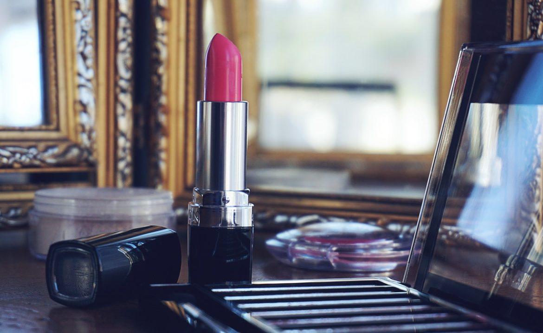 Rimmel - sekret pięknego makijażu