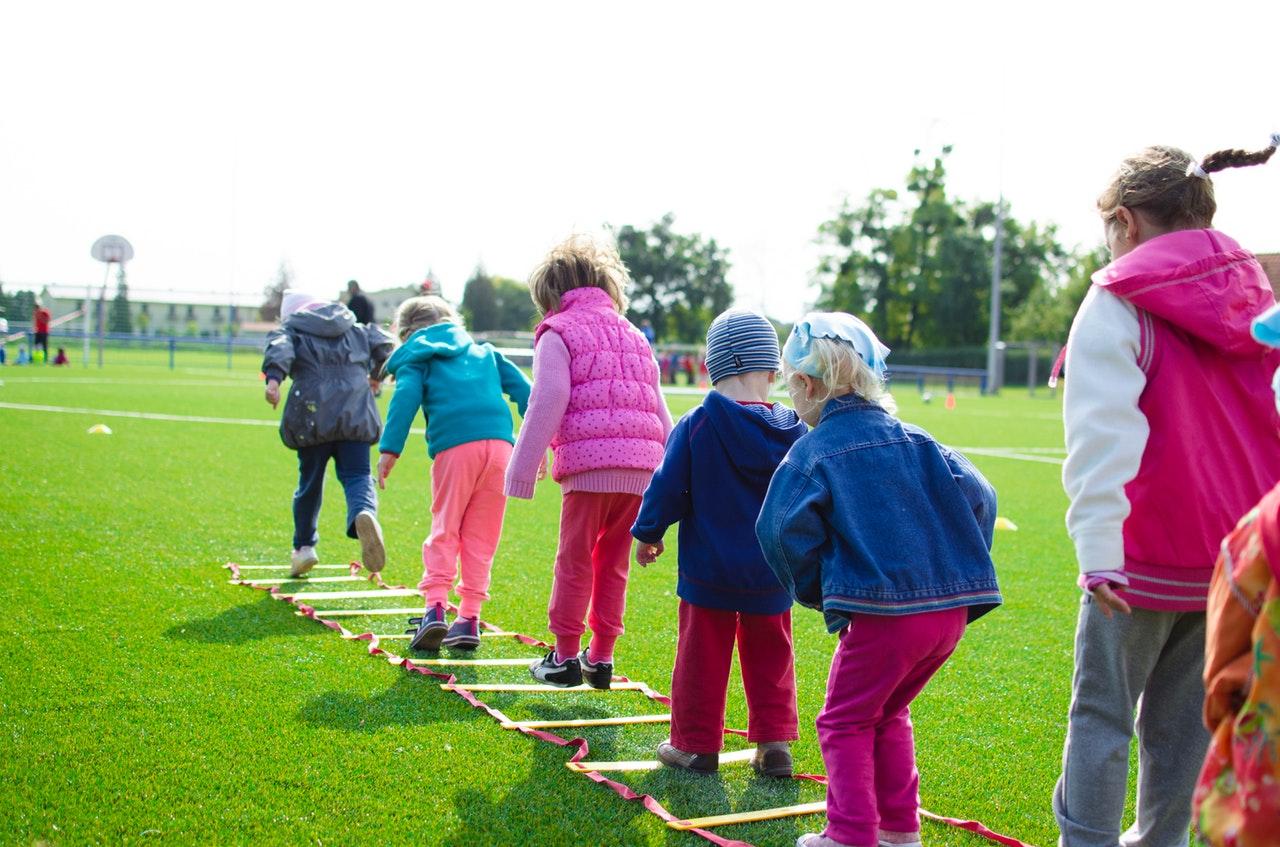 Jak wybrać obóz dla swojego dziecka?